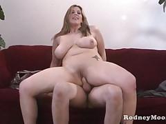 Kya Dakota Chubby MILF POV Fuck And Suck