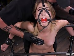 Gagged blindfolded gold hair babe tormented apropos bondage