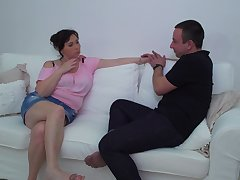 Plump bush-leaguer brunette mature MILF Rosalia gets will not hear of fat pain in the neck fucked