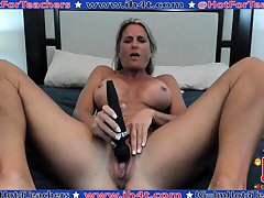 Mature masturbate with big trifle