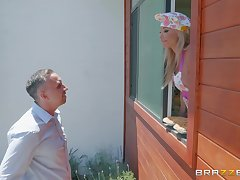 Mature blonde housewife Robbin Banx takes a successful load in the kitchen