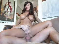 Silicone diva Lisa Ann likes dirty sex with handsome band together